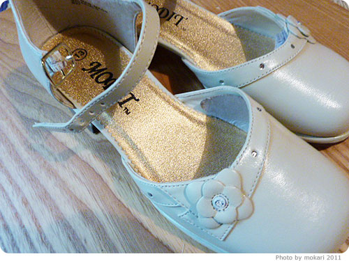 20111018-81 キャサリンコテージで買った、子ども用フォーマルシューズかわいい