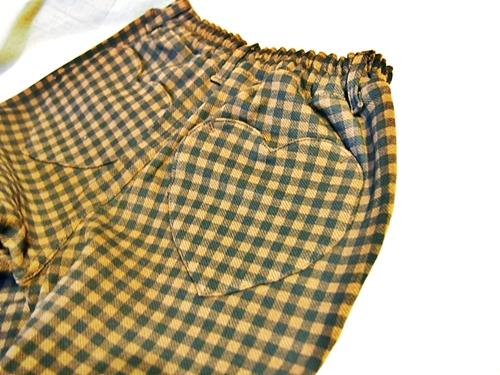 P2202962 【キッズ女子】ベルメゾンのジータの長ズボンのポッケがハートでかわいいよ