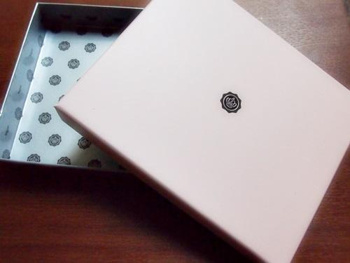 P3053591 グロッシーボックス、VOGUE JAPANとの限定BOX登場(2013年3月)