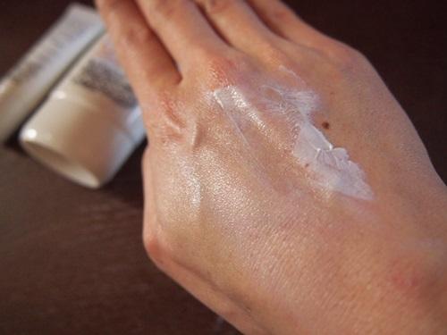 P3093781 お気に入りのママバターUVケアクリームに虫が嫌いな香りがついた新商品が登場