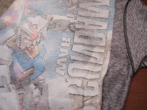 P3234333 ガンプラパッケージをTシャツにするガンプリ、どうですか