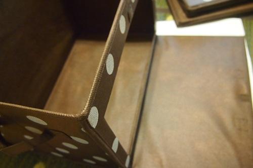 P4302516 カラーボックスに扉付きのボックスを採用