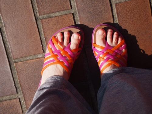 P5085725 クロックスのサンダルで近所に買い物に出かけた時の感想(huarache flip-flop w)