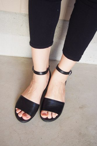 Leigh-Ann Ankle Strap Leather Mini Wedge フットベッド