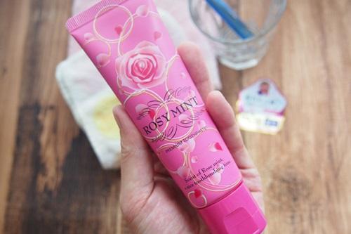 P6306434 エチケットにも。バラの香りの歯みがき「ロージーミント」