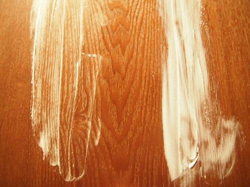 PC040554 カラノームスキンクリームが不思議だ。バニシングクリームの使い心地