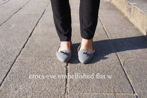 crocs eve embellished flat w 正面