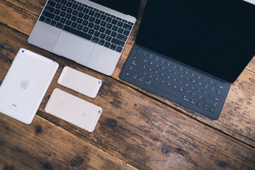 パソコン タブレット スマホ